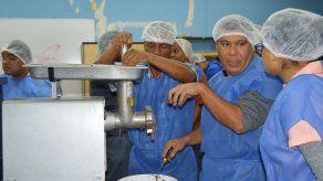 Aprovechamiento de los desechos del pescado centró un taller de FAO en Panamá