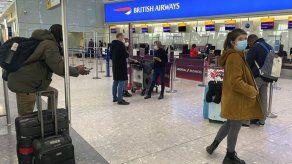 Algunos británicos no pueden ir a España por COVID o Brexit