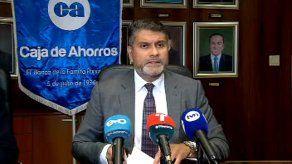 Andrés Farrugia, gerente general de la Caja de Ahorros.