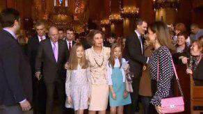 Un vídeo de las reinas Letizia y Sofía causa debate en España
