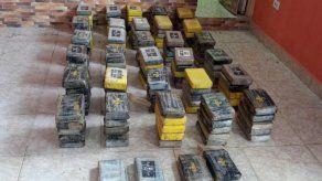 154 paquetes con presunta droga fueron incautados.