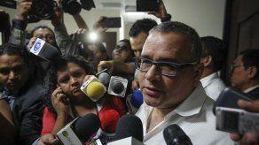 Una exesposa del expresidente salvadoreño Funes busca beneficio judicial