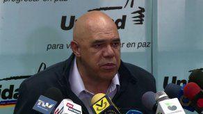 Oposición venezolana reitera negativa a firmar acuerdo para comicios