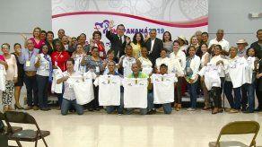 Iglesia Católica y MICI entregan acreditaciones a artesanos para participar de la JMJ