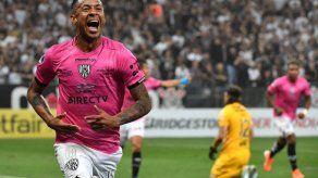 Gabriel Torres silencia la Arena Corinthians con un doblete