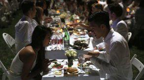 Comer sin palabras: un restaurante en N. York ofrece cenas en silencio