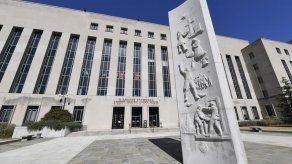 Jueza de EEUU detiene 1ra ejecución federal en 16 años