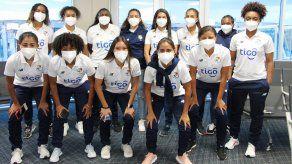 La selección femenina de Panamá emprendió su viaje a suelo japonés