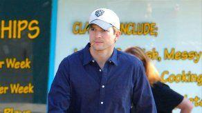 Ashton Kutcher rompe su último nexo de unión con su exmujer Demi Moore