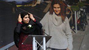 Malala visita campamento de refugiados más grande del mundo