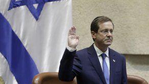 Isaac Herzog, cuyo padre Chaim fue presidente de Israel en la década de 1980, sucedió a Reuven Rivlin como el 11mo mandatario y ocupará el cargo siete años.