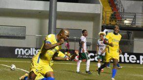Herrera FC consiguió su primer triunfo en la LPF