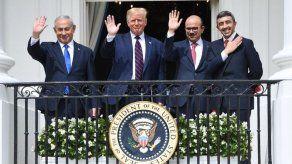 Irán juzga a los Emiratos y Baréin responsables de las consecuencias tras acuerdo con Israel