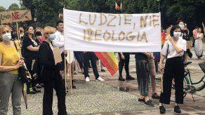 Temor y enojo entre comunidad LGBT de Polonia tras elección