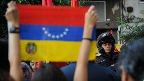 Perú contempla evacuar a sus compatriotas si se agrava crisis en Venezuela