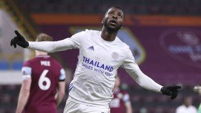 Leicester empata 1-1 contra Burnley en la Premier
