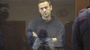 Navalny vuelve a corte acusado de difamar a veterano de IIGM