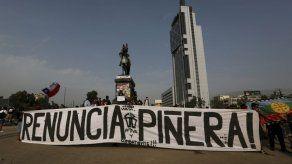 Marcha en silencio conmemora 3 meses del estallido chileno