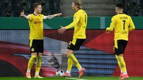 El Dortmund tumba al Gladbach y jugará las semis en la Copa de Alemania