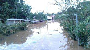 Cerca de 53 familias afectadas por inundaciones en Soná