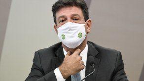 El exministro de Salud de Brasil, Luiz Henrique Mandetta, aseguró que la actitud de Jair Bolsonaro agravó la pandemia.