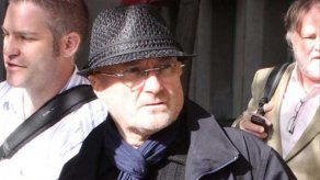 Phil Collins: Consumía alcohol desde las 11 de la mañana