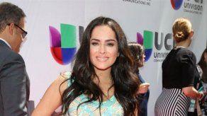 La actriz Danna García sufre acoso en su edificio por tener coronavirus