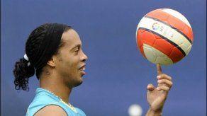 El FC Barcelona busca excusas para vender a Ronaldinho