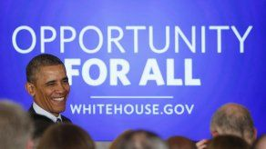 Obama promete trabajar por la clase media