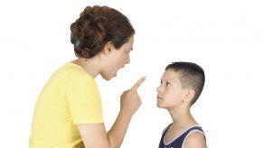Una maestra le lava la boca con jabón a alumno rebelde en EEUU