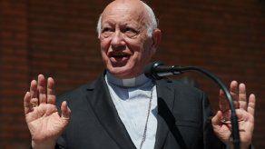 Obispo nombrado por papa en Chile promete atender a víctimas de abusos