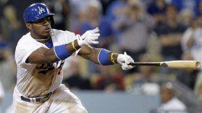 Puig impulsa a Dodgers a triunfo 6-4 sobre Filis