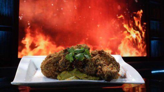 Pollo frito con puré de camote - Arturo
