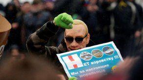 El Kremlin defiende la actuación policial contra manifestantes opositores