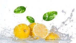 6 razones para tomar agua con limón todos los días