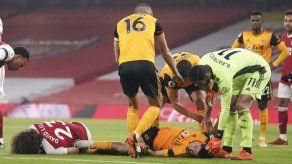 Raúl Jiménez sufre grave lesión en la cabeza