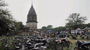 India busca tesoro tras revelación a asceta hindú