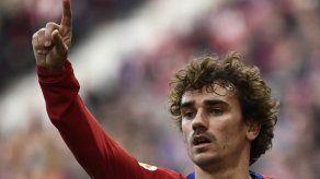 El francés Antoine Griezmann ficha por el FC Barcelona hasta 2024