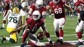 Fitzgerald anota el touchdown de la victoria en tiempo extra