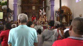 Feligreses de distintos puntos del país llegan a Portobelo para rendir honor al Cristo Negro