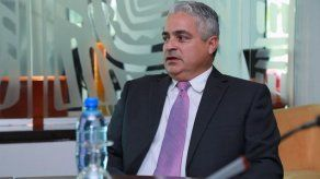De León ordena restricciones de viajes para funcionarios del Órgano Judicial