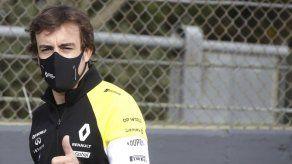 Alonso recibe alta médica tras accidente en bicicleta