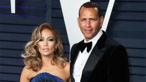 Jennifer Lopez entre los famosos que aplazaron sus bodas en 2020