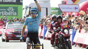 Colombiano López gana la etapa 15 de la Vuelta