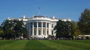 Casa Blanca revela los salarios de altos asesores y personal cercano a Trump