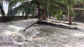 Colocan bandera roja en playas de Bocas del Toro y Colón por fuertes oleajes