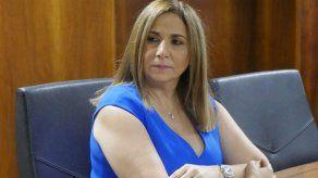 La Comisión de la Mujer cita a la directora de Migración