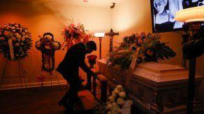 Despiden en Miami los restos de Rosita Fornés