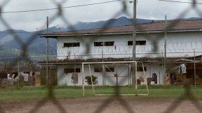 Paredes dice que Varela viola los derechos humanos de los reos aislándolos en Punta Coco
