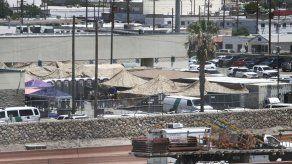 Aumentan quejas de migrantes detenidos por hacinamiento